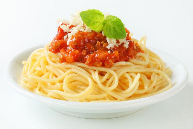 Spagetti bolonyez