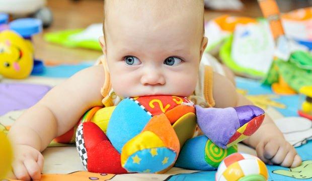 Oyuncaklar artık bebeğinizin ilgisini çekmiyor olabilir
