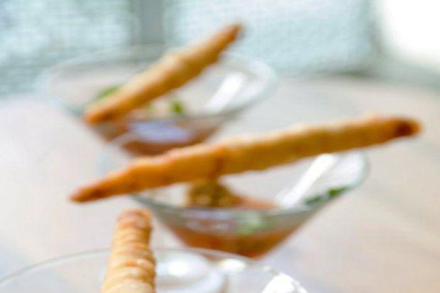Tatlı ekşi soslu samosa