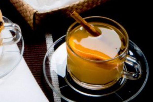 Portakal ve baharat çayı