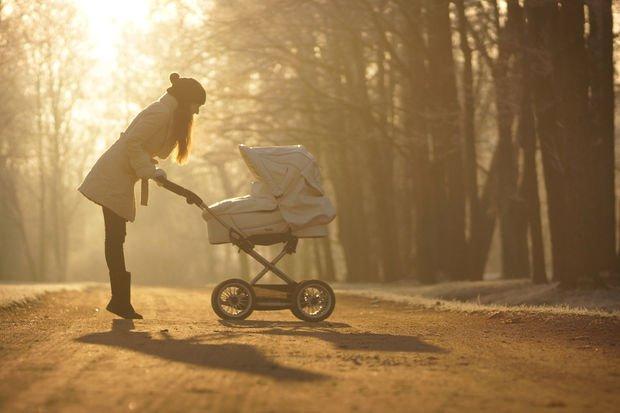Bebeğinizi güneşin zararlı ışınlarından koruyun