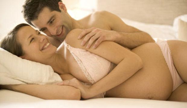 Hamilelik ilişkinizi nasıl etkiliyor?