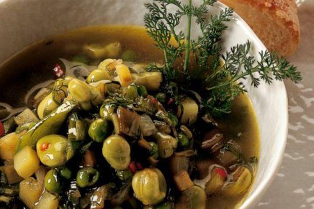 Rezene otlu ilkbahar çorbası