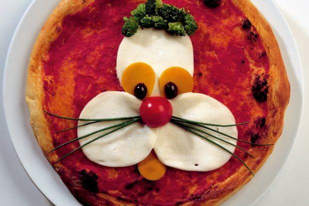 Puppy suratlı pizza