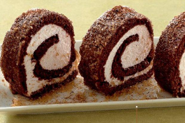 Kakaolu ve tarçınlı rulo pasta...