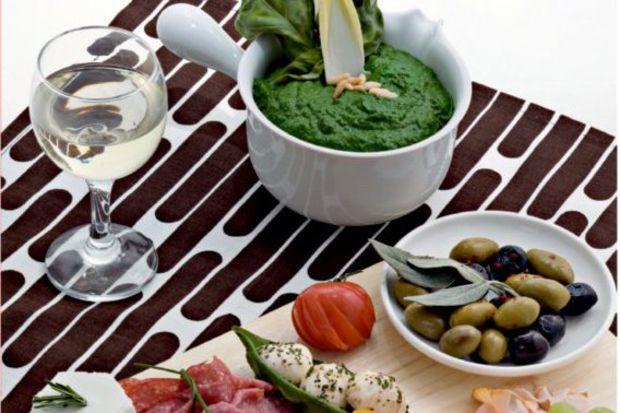 Cenova usulü başlangıç tabağı ve pesto sos