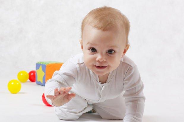 8.Ay Bebek Gelişimi