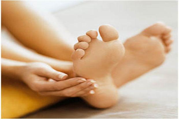 Nasırlı ayaklarınıza soğan ve sarımsakla bakım yapın
