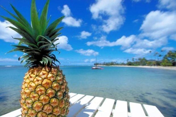 Siyah noktaları ananasla yok edin
