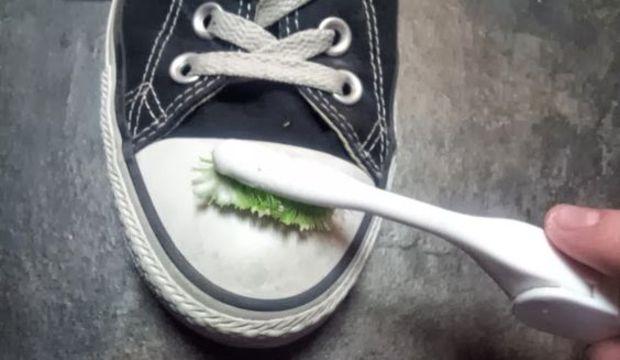 Ayakkabı nasıl temizlenir?
