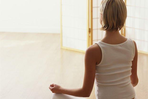 Yoga ile bel yağlarınızdan kurtulun!
