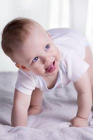 10. ay bebek gelişimi
