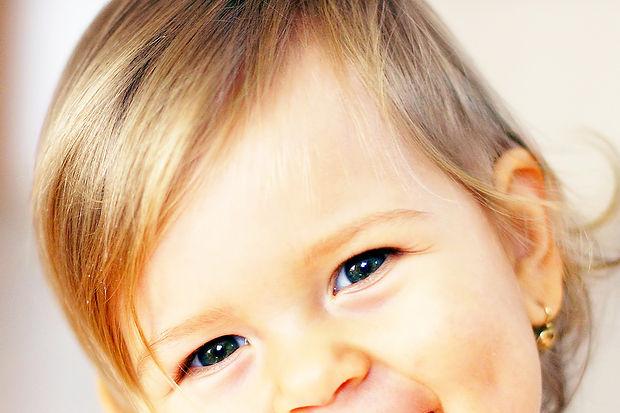 Bebeğin dişleri nasıl gelişir?