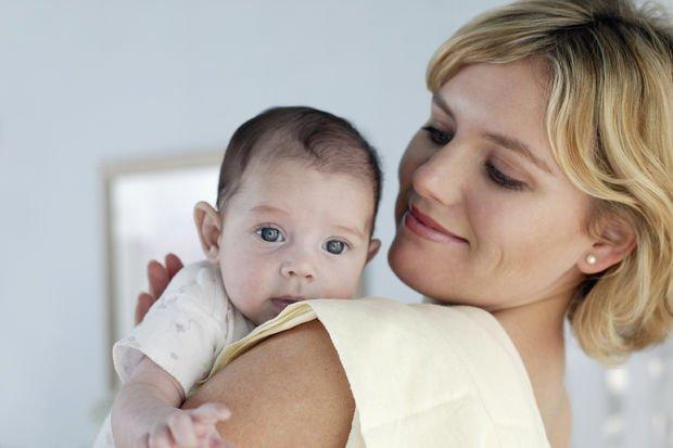 Gece ağlayan bebekleri nasıl sakinleştirmeli?