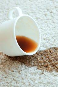 Halıya dökülen kahve lekesi nasıl temizlenir?
