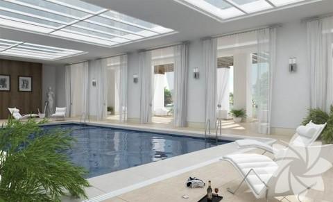 Ev içinde sıcak havuz...