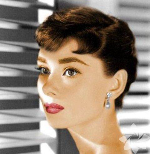 Audrey Hepburn - Pixie