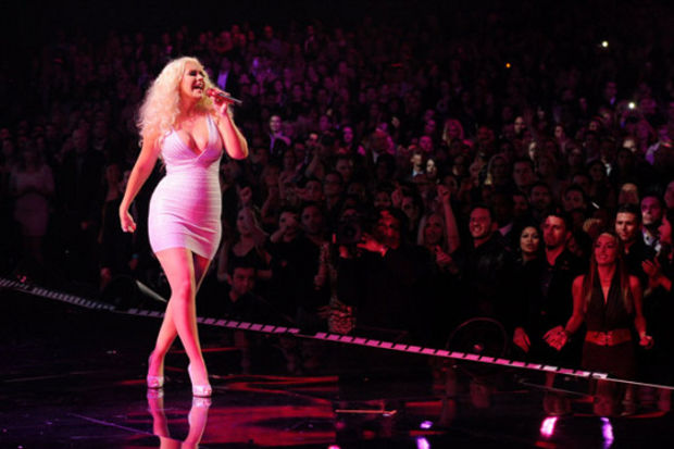 Christina Aguilera hamile mi?