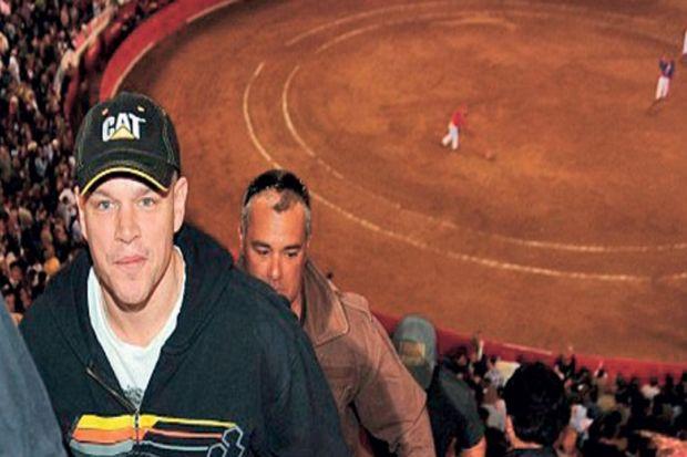 Matt Damon boğa güreşine gitti hayranları çok kızdı