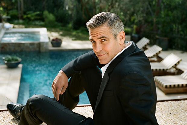 Dünyanın en seksi hediyesi: George Clooney