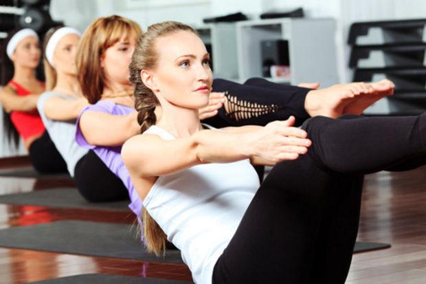 Yeni yılda doğru duruş ve sağlıklı bir omurgaya sahip olmak için modifiye pilates yapın!