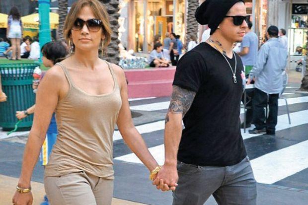 Jennifer Lopez'in sevgilisine ceza geliyor