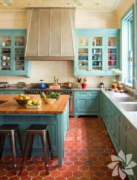 Rengarenk vintage mutfaklar