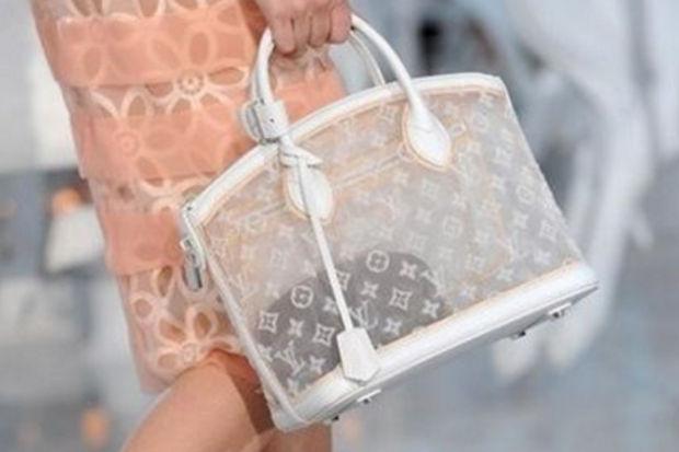 Bu yaza damgasını vuracak  Louis Vuitton 2012 ilkbahar yaz çanta modelleri...