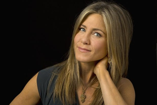 Jennifer Aniston anne oluyor
