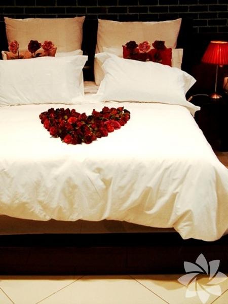 Romantik yatak odası önerileri