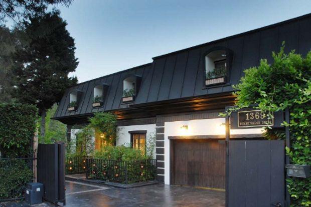 Ünlü yıldız Jessica Alba'nın Los Angeles'taki Bali esintili evi...