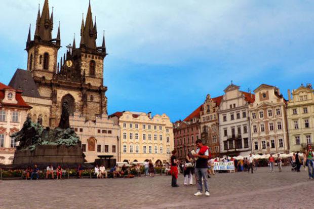 Sevgilinize Prag hediye edin