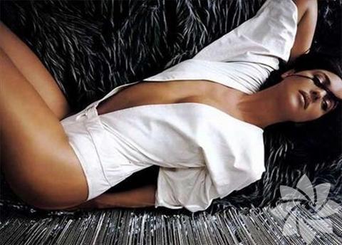 Monica Bellucci, 30 Eylül 1964 doğumlu.