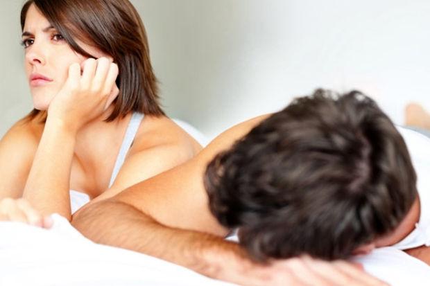 Cinsellikte kadınlar erkeklerden daha çok eleştiriyor!
