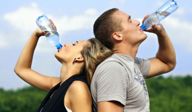 Baş ağrınızın nedeni susuzluk olabilir