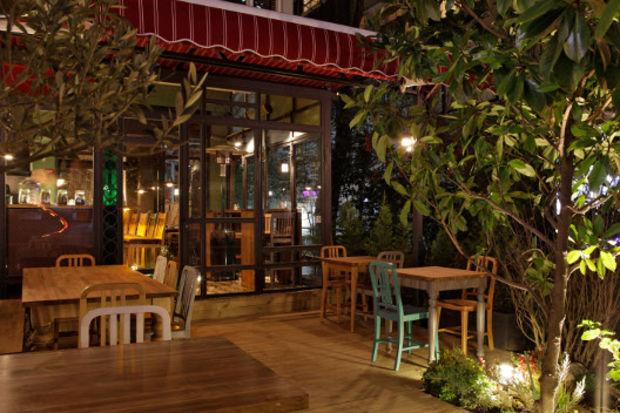 Bağdat Caddesi'nde yemyeşil bir bahçe!