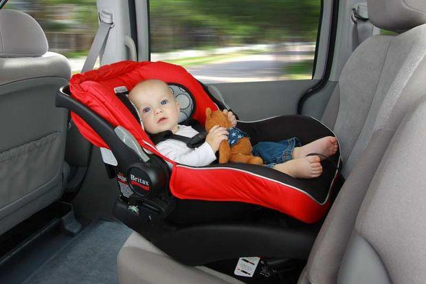 Bebek oto koltuğu seçerken dikkat etmeniz gereken 10 adım!