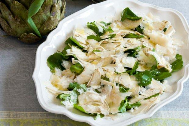Enginar salatası