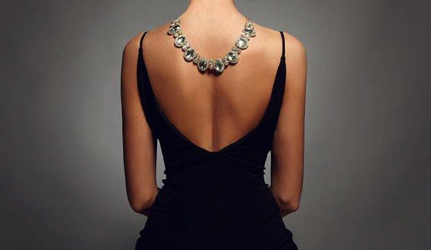 Gece elbisesi seçerken bu önerilerimize kulak verin!
