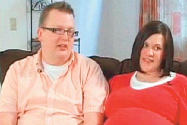 On yıldır bebek istiyordu, şimdi biri taşıyıcıda 'iki ikiz'i gelecek