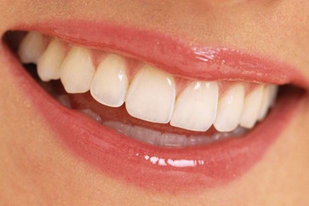 Dişlerinizdeki bozukluk yüz ifadenizi etkiliyor