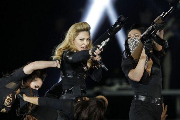 Madonna konserindeki videosundan dolayı davalık oldu!