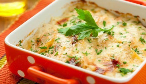 Fırında nefis sütlü patates