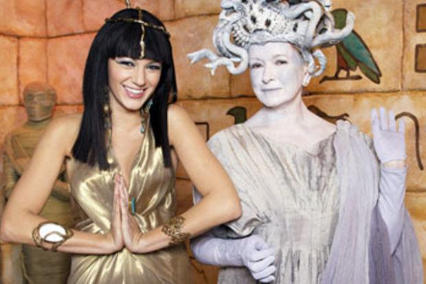 Kleopatra'ya özenen ünlüler!