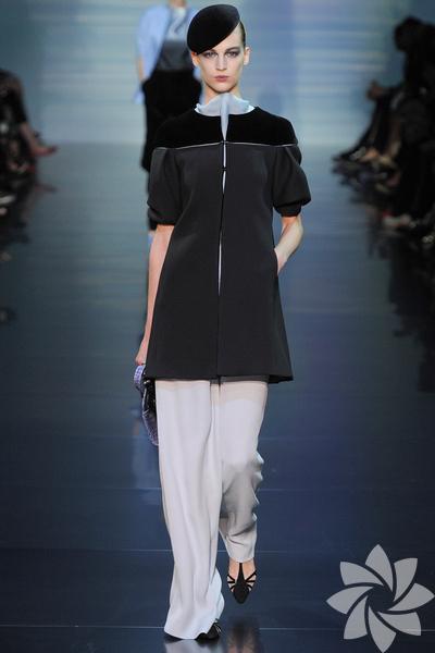 Armani Privé 2012 Haute Couture Sonbahar Kış defilesi...