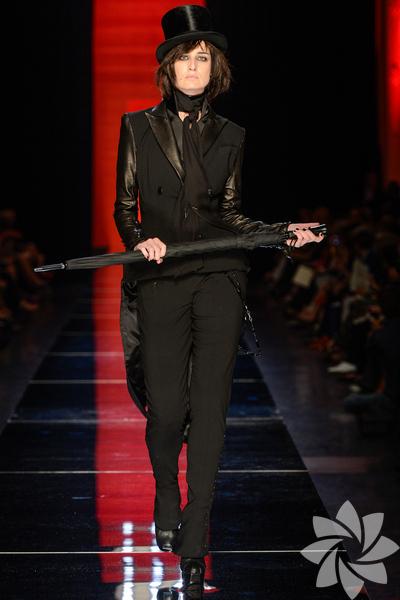 Jean Paul Gaultier 2012 Haute Couture Sonbahar Kış defilesinden fotoğraflar...
