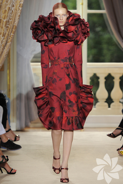 Giambattista Valli 2012 Haute Couture Sonbahar Kış defilesinden fotoğraflar...