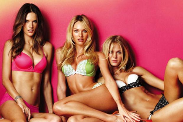 Victoria's Secret meleklerinin kamera arkası görüntüleri…