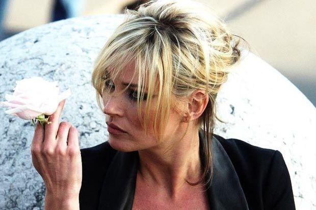 Kate Moss'un altın oyuncağı Türkiye'de!