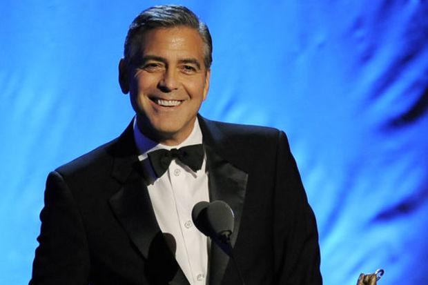 Clooney, Lincoln'ün kuzeni çıktı!